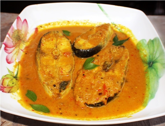 Coconut Fish Curry | Cari De Poisson Recipes — Dishmaps