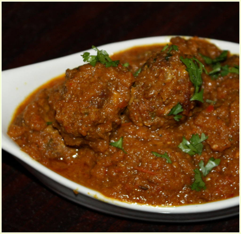 Meat Ball curry ready to eat