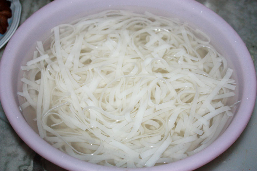 Rice Noodles after soaking in water