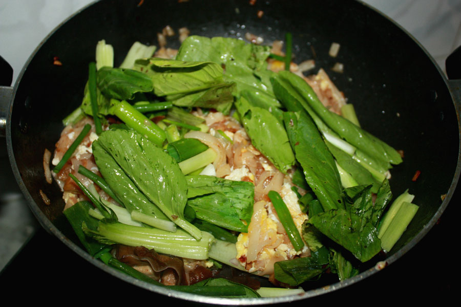 Add the bok choy / bean sprouts