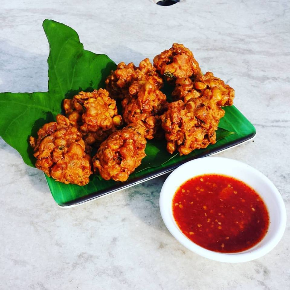 ... Friends Cooking Club ~ Thai Style Corn fritters with sweet chili sauce